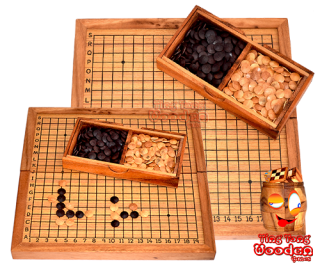 Go the Japanese chess game Gobang with wooden lenses strategy game in wooden box monkey pod thai wooden games