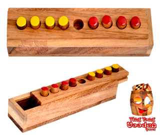 Changing Four Strategiespiel in Holzbox aus Monkey Pod wooden games Thailand